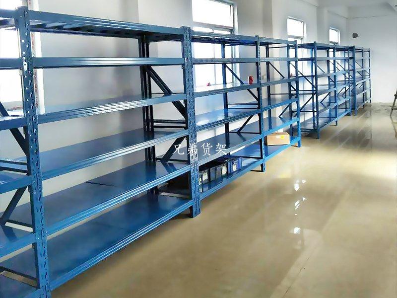 服装公司仓储中型货架案例